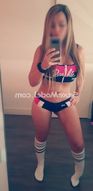 Jeannic massage tescort escorte girl