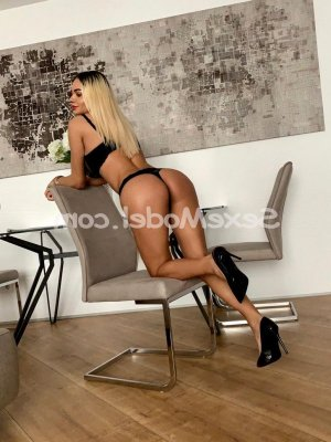 Catriona sexemodel massage érotique escort